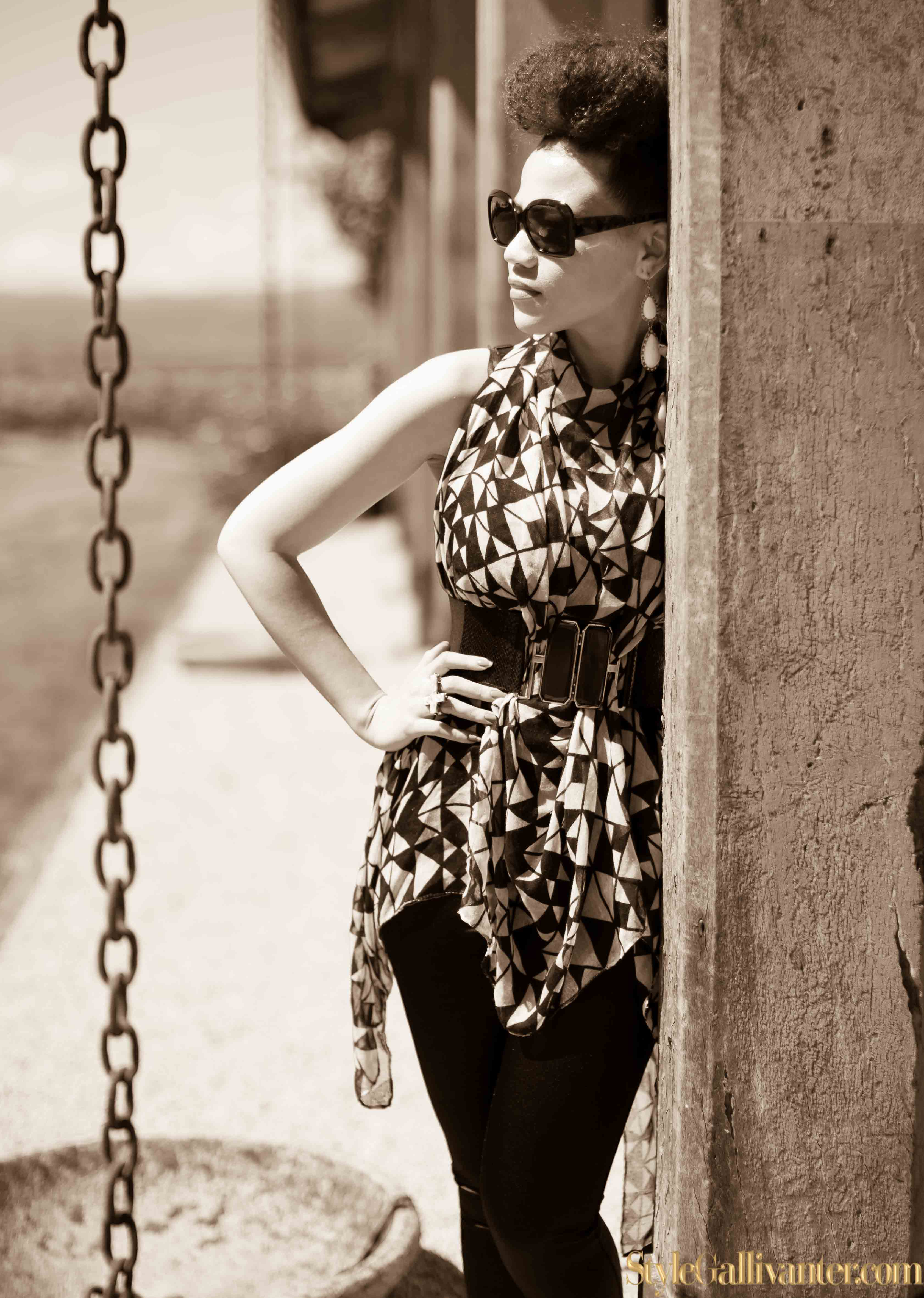 best-new-bloggers-2014_sepia-fashion-editorials_monochrome-sepia_how-to-wear-a-scarf_best-new-bloggers-melbourne-australia-2014_top-african-hair-bloggers_best-hair-bloggers-2