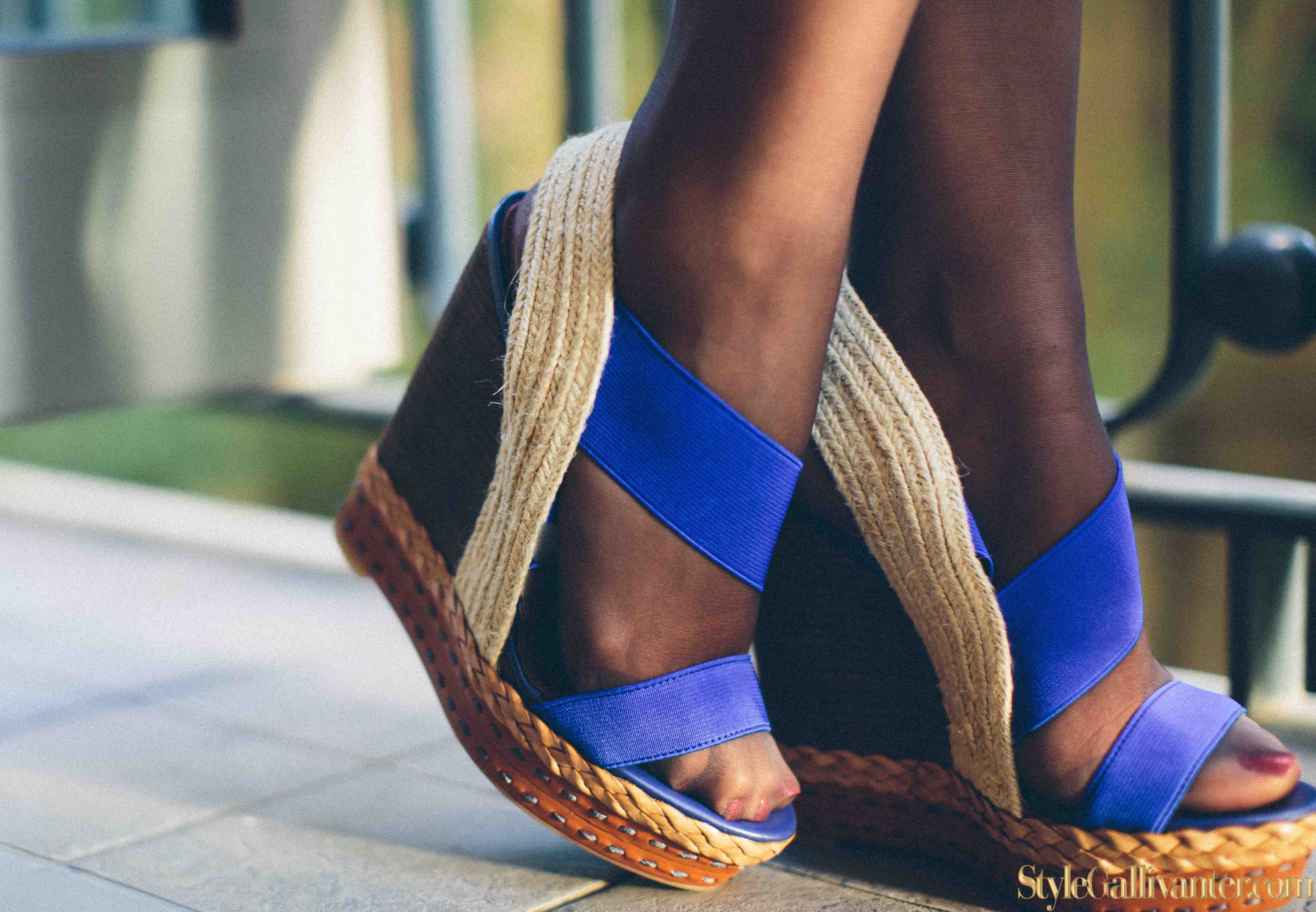 NEW-WEDGE-TRENDS-2014_best-vintage-bloggers-2014_high-fashion-bloggers-melbourne_turban-trends-2014_melbourne-fashion-blogs-2014_africas-best-fashion-bloggers_all-grey-monotone-3