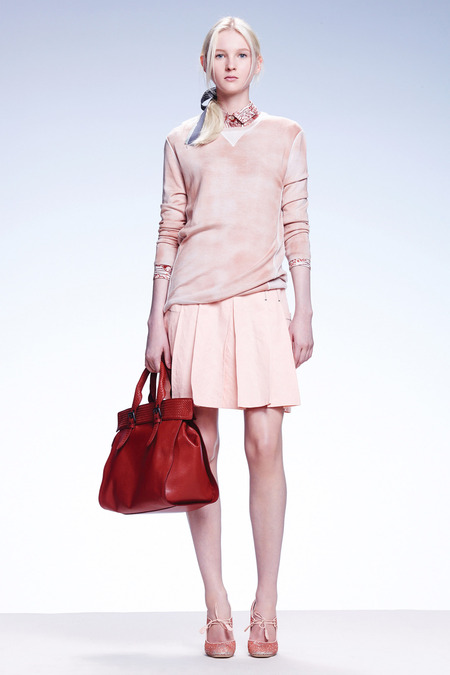 BottegaVeneta-resort-2015_bottega-veneta-resort-2015_designer-resort-2015-collections_young-professional-wear_pastel-trends-2015_office-trends_2014_best-editorial-blogs-australia_best-lifestyle-blogs-melbourne_pastel-trends-womenswear_canberras-best-fashion-bloggers_high-end-blogs-australia
