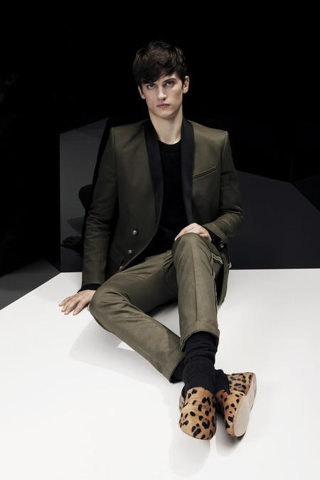 Balmain-FALL-2014-MENSWEAR_best-menswear-collections-2014_zebra-print-menswear_mens-printed-sports-jackets_good-looking-male-models_best-menswear-blogs-melbourne-australia_leopard-print-shoes-for-men