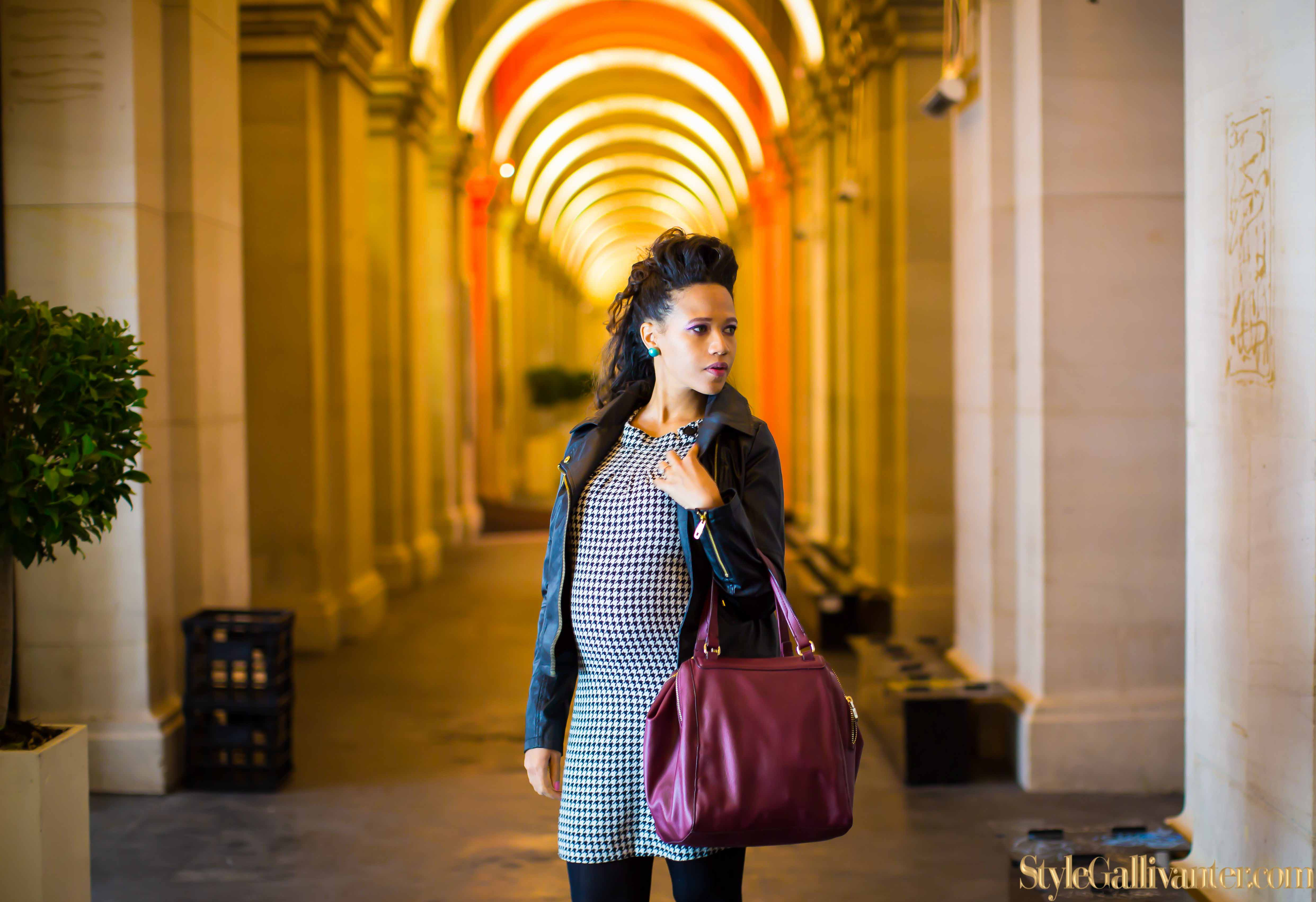 top-melbourne-fashion-blogs_pink-lipstick_model-who-blog, houndstooth-dress_what-is-houndstooth_stylish-pregnant-women-17